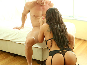 Brunette sweetheart Gianna Nicole lying down and getting tongued