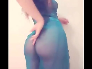 Arab dance and teasing on the webcam