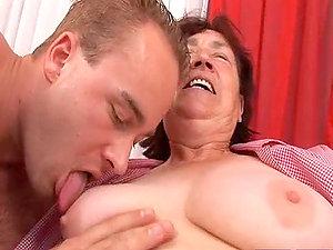 Xxx Fucking for a Chubby Grandma in Granny Porno Vid
