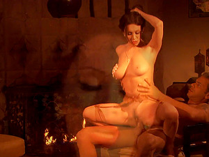 RayVeness gets her hairy pussy drilled with a stiff schlong