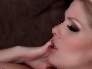 Cindy Hope and Katalin Kiraly make out while they masturbate