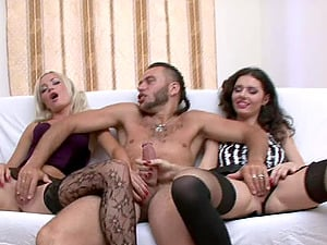 Ania and Sonia having their first threesome