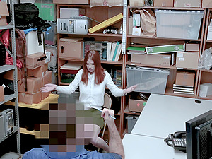 Kinky thief Pepper Hart gets punished by a security guard