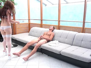 Wendy Moon pleases a handsome guy by bouncing on his dick