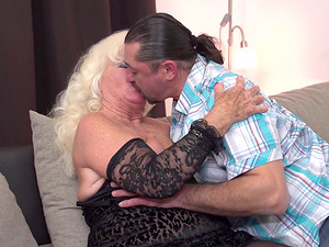 Granny Lennora gets the pounding she craved for for so long
