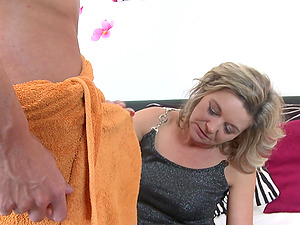 Lovely Jelana gets surprised with a friend's hard pecker
