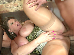 Group sex with Bartina and her experienced cock loving girlfriends