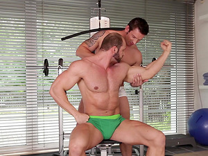 Gym gay cock riding session with muscled dudes after a workout