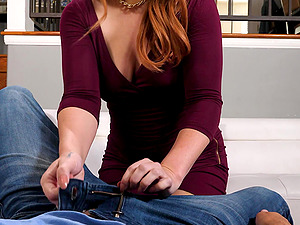Redhead chick Edyn Blair knows how to suck a dick properly