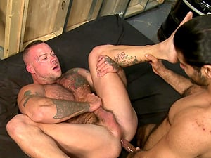 Mature Latino gay dude pounds a buffed white guy missionary