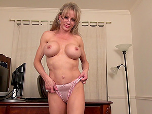 think, english milf lady sara commit error