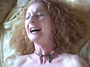 Annie Bod bj's a manstick and groans noisily while getting her vag fucked