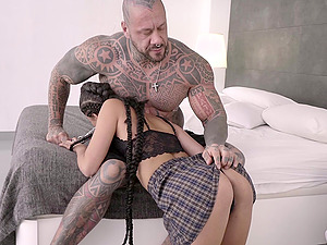 Babe Bad Ladyy gets her pussy brutally pounded by a tattooed guy