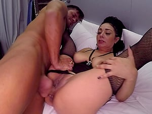 Hardcore interracial pounding with Evita Love and one lucky stud