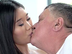 Asian babe Katana gets fucked by an experienced fella