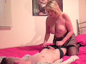 Mature buxom blonde MILF Amy finds herself a nice hard cock to fuck