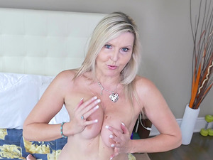Amateur mature exquisite blonde MILF Velvet Skye fingers herself