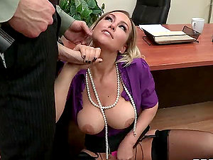 A Nice Hard Fuck With The Buxomy Blonde Abbey Brooks
