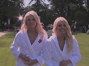 Gorgeous blondie twins Kristina and Karissa Shannon get naked
