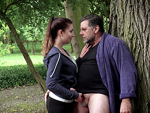 Sporty fit brunette babe Teressa Bizarre seduces and fucks an old dude