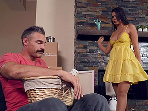 Latina in a slutty yellow dress Katana Kombat wants cum on her face