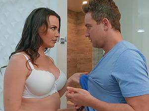 Naughty busty MILF babe Dana Dearmond loves feasting on a big dick