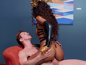 Museum guard fantasizes about pounding ebony goddess Demi Sutra