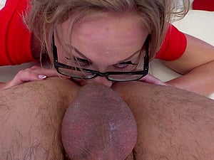 Valentina R spreads her tight asshole for a hard fat dick