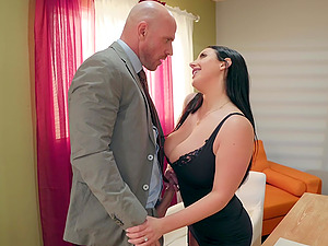 Buxom bombshell babe Angela White blows and fucks her client