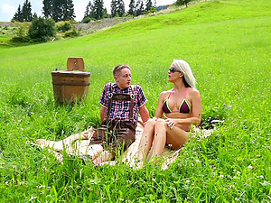 Reality outdoor strip and topless hike with MILF Julia Pink