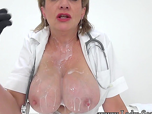 Jerk off instructions from Lady Sonia