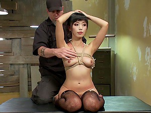 Asian amateur Marica Hase gets tied up with a rope and tortured