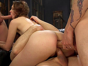 Amateur brunette babe Nora Riley loves to be brutally fucked
