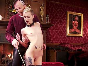 Short haired blonde slut Cadence Cross loves to be spanked rough