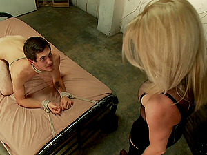 Blonde tranny Tyra Scott wants to fuck her horny boyfriend badly