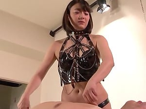 Nishino Shou wants to try every posible sex game with her friend