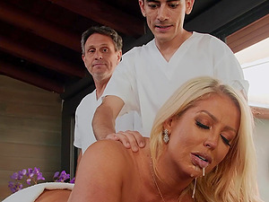 big tits Alura TNT Jenson gives the best sex experience to her masseur