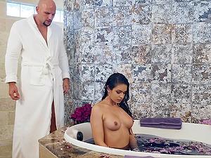Katana Kombat enjoys dick eating on the floor before anything else