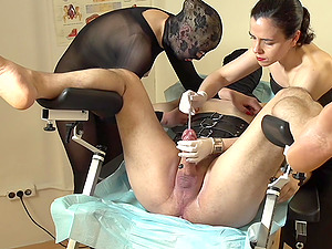 Painfull torture session for helpless slave ends with a blowjob