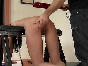 Bondage and spanking is a new experience for submissive Leileyn