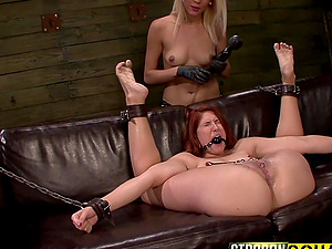 Bondage experience and role play are priceless for lesbian Mila Blaze