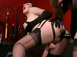 Strapon Spandex Love with Big-chested Domme Anastasia Pierce and Jean Bardot