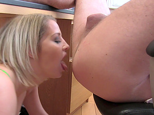 Sienna Day likes to cum with a horny stranger in all possible ways