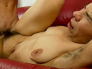 Sexual Afternoon with Nasty Hairy Mature Hoe Susy