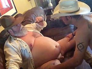 Hot Redneck cub gives me a damn good blow job