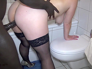 german blonde mom homemade fuck at toilet