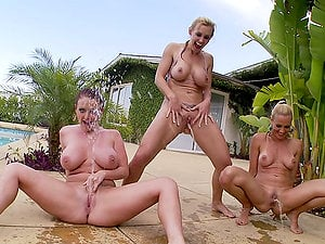 Three hot lesbo ladies have grea threesome by the pool