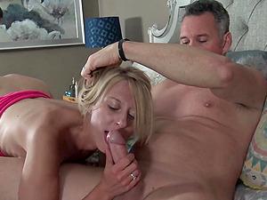 Amateur MILF enjoying two hard cocks in threesome orgy