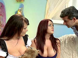 Foursome with pornstars Sophie Dee and Liza Del Sierra in lingerie