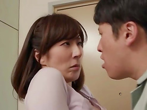 Mature Japanese wife gets her wet pussy fucked nice and hard